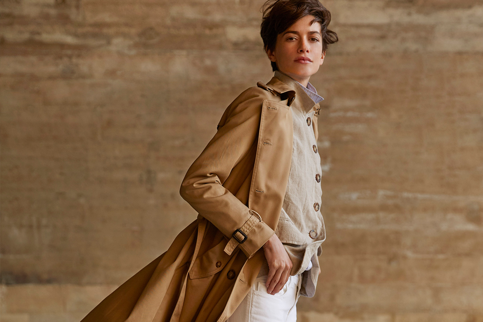 The Trench Coat Ines De La Fressange The Fashion Lover